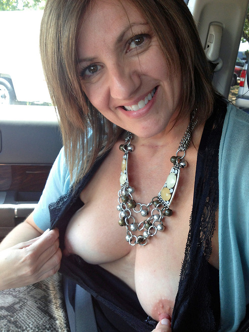 Mature boob flash