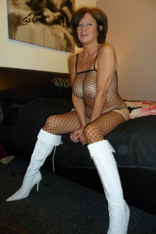 British Milfs Love The White Boots And Fishs