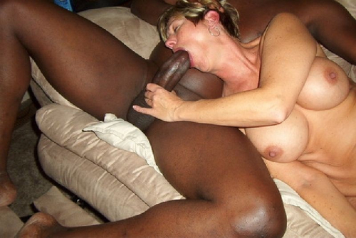 Wet horny squirting pussy