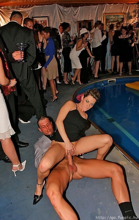 Crazy nightclub orgy with hot babes 8