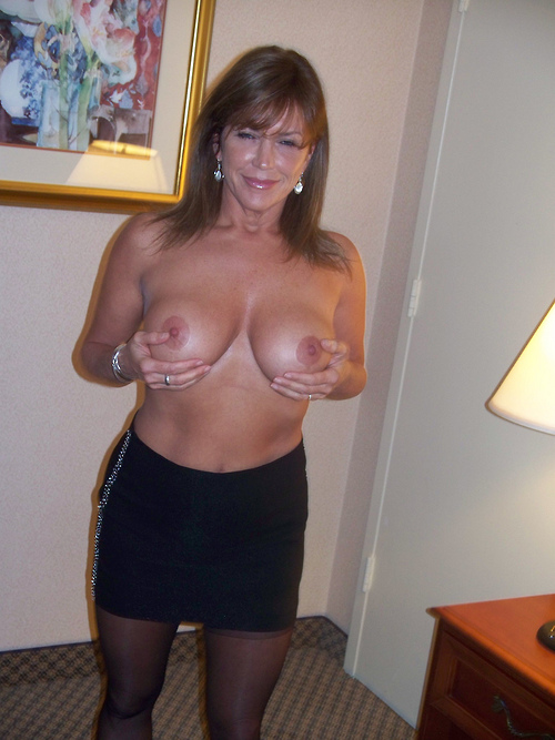 Pussy gorgeous cougar