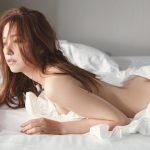 Newly married, ex-Nogizaka46 idol Misa Eto shows off her nude butt for debut photo book
